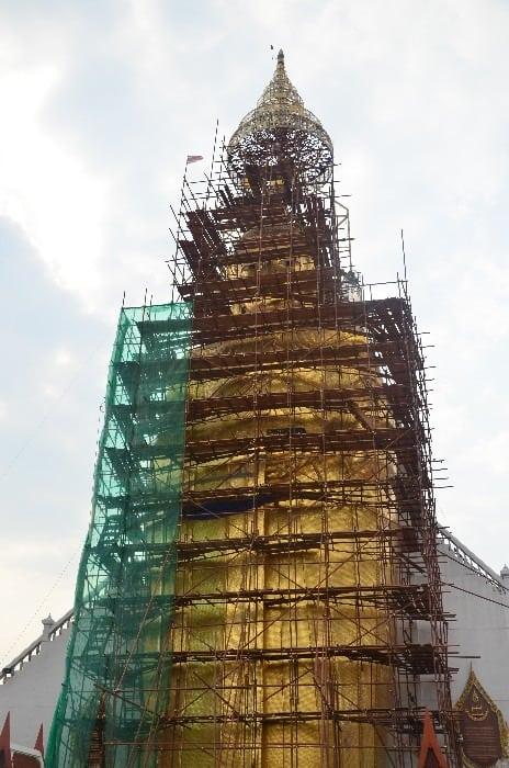 tourist scams Bangok Buddha under construction - Dokonalý komplot bangkokské mafie - podvody na turisty v Bangkoku