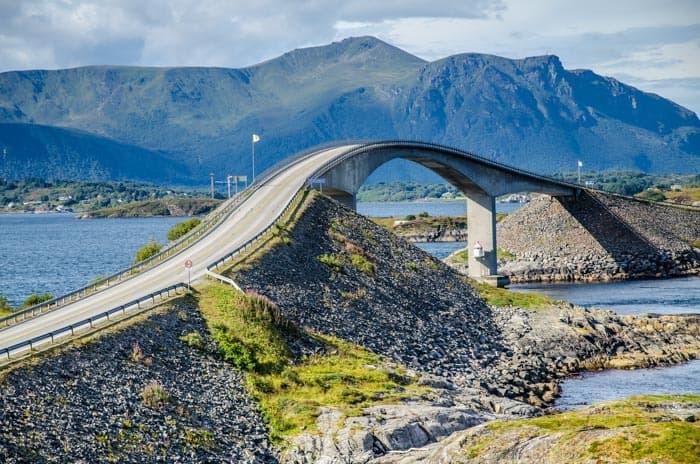 Cestování po Norsku autem je úžasné - Atlantic Ocean Road