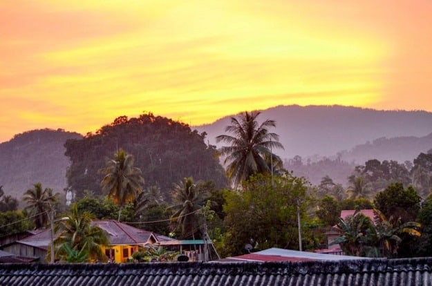 malajsie zapad slunce - Dobrovolníkem vmalajském pralese