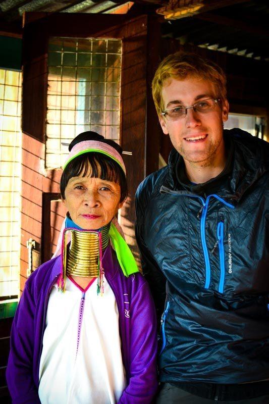 Na návštěvě u žen s dlouhými krky; Inle lake, Myanmar