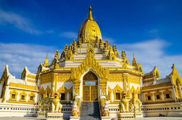 Buddha Tooth Relic Pagoda in Yangon. Best Places to visit in Myanmar