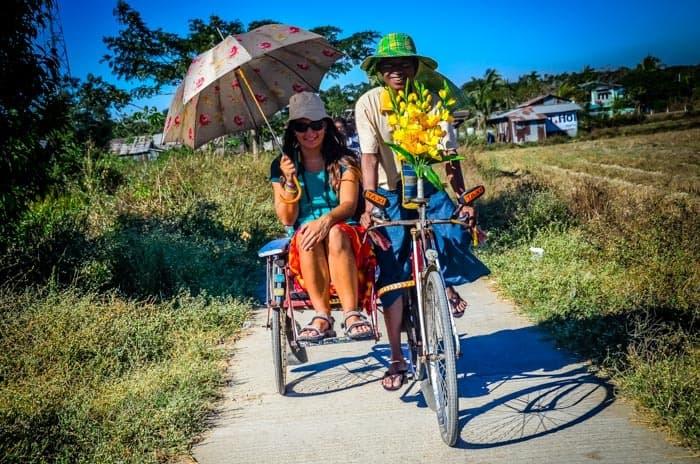 Na vyjížďce po vesničce Dala, Yangon