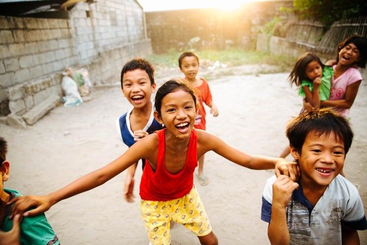 Filipínské děti. Mezi místními budete často středem pozornosti. Filipíny