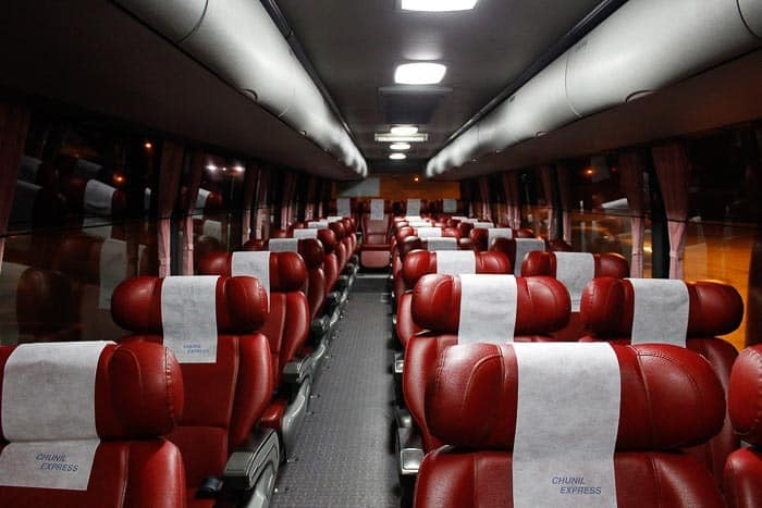 Dálkové autobusy jsou velice pohodlné.