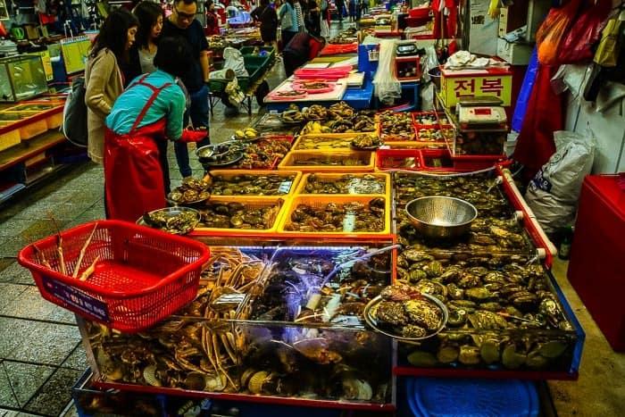 Trh s mořskými plody - Jagalchi Market, Busan