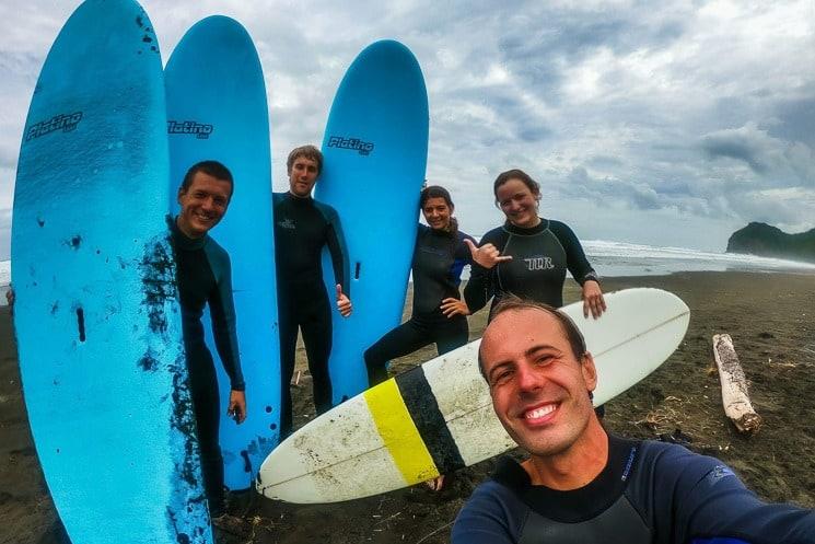 Nový Zéland je jednou z nejlepších destinací na surfování.