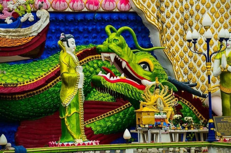 Best things to do in Koh Samui - temples