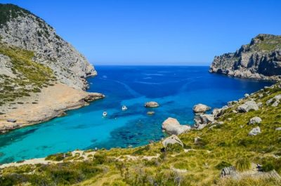 Hiking in Mallorca: Trek GR 221 – Practical Tips + Map