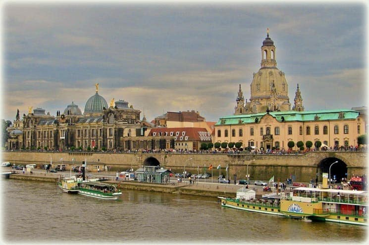 Zájezd za nákupy do Primarku Drážďany má v ceně i prohlídku města s průvodcem.