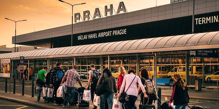 Letiště Václava Havla Praha Ruzyně sledování letů, přílety a odlety, parkování
