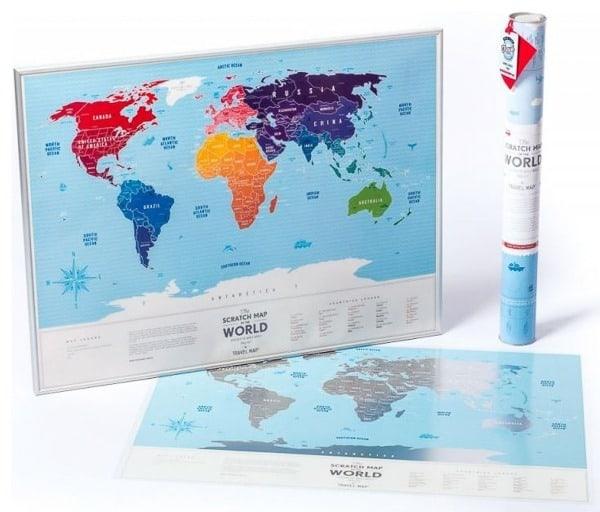 Stírací mapa světa na zeď plastová - stříbrná