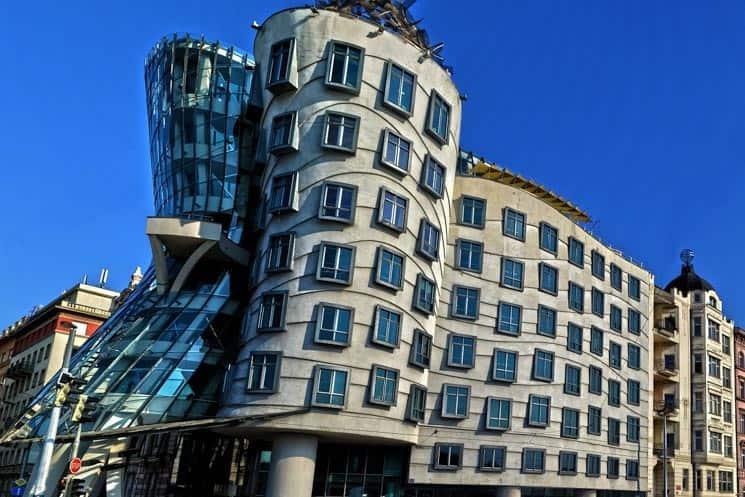 Tančící dům, Praha – Kompletní informace: vyhlídka, galerie, výstavy