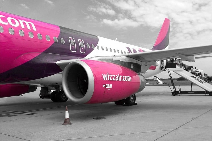 Vše, co potřebujete vědět o aerolince Wizz Air. Praktické tipy, zavazadla, check-in, hodnocení, kam Wizz Air létá, Wizz Discount Club, služby, flotila