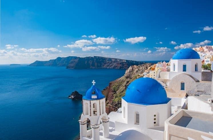 Typický pohled na ostrov Santorini, Řecko