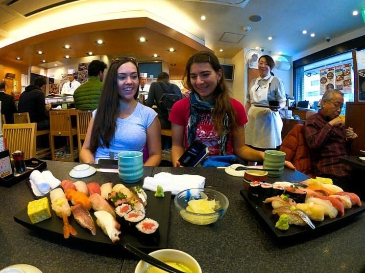 Určitě si zajdětě na oběd na Sushi, nikde na světě ho nedělají lepší!