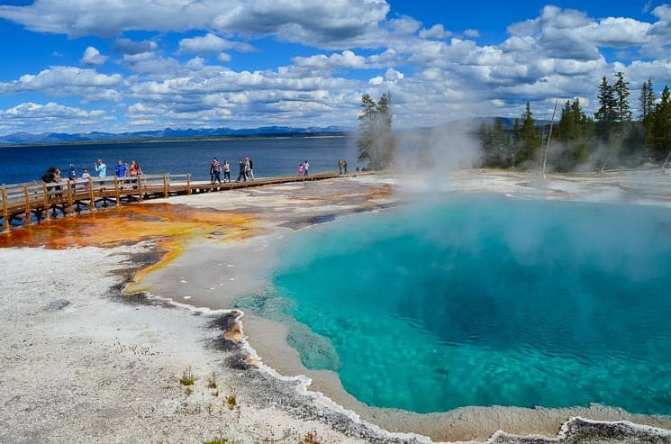 West Thumb Geyser Basin and Yellowstone Lake. Best things to see in Yellowstone National Park.