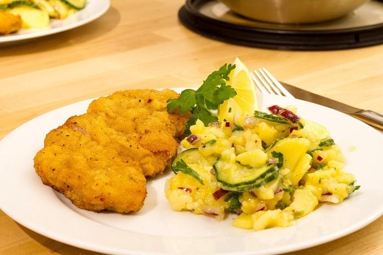 Weinersnitchel - Wiener Schnitzel Austrian National Dish (2)