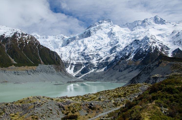 Na jižním ostrově Nového Zélandu často narazíte na sníh, zejména začátkem léta.