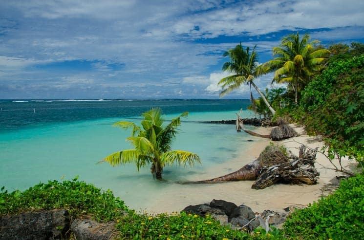 Manase - Samoa -Tyrkysová voda, palmy, pláže a mořské želvy, to je Manase