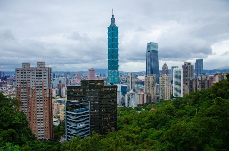 Výhled na Taipei z Elephant Mountain