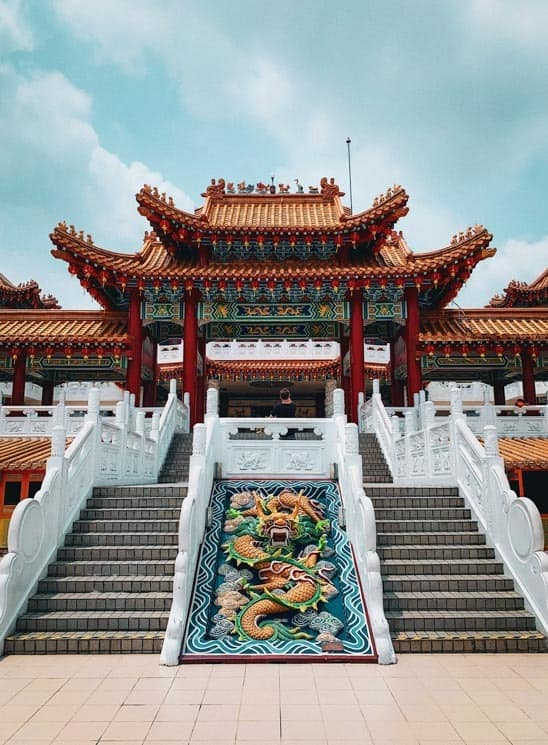 Rozlehlý chrám Thean Hou