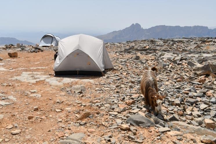 Kempování v horách, Omán