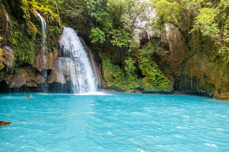 Best Tourist Spots in Cebu - Kawasan Falls