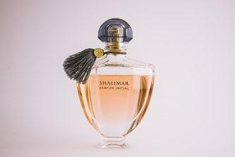 Parfém jako dárek kamarádce