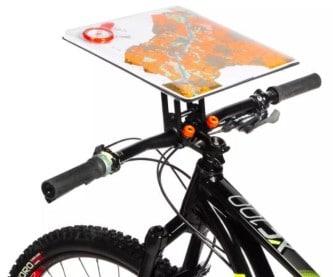 Držák na mapu pro cyklisty, kteří jezdí MTBO i pro všechny, kdo milují papírové mapy.