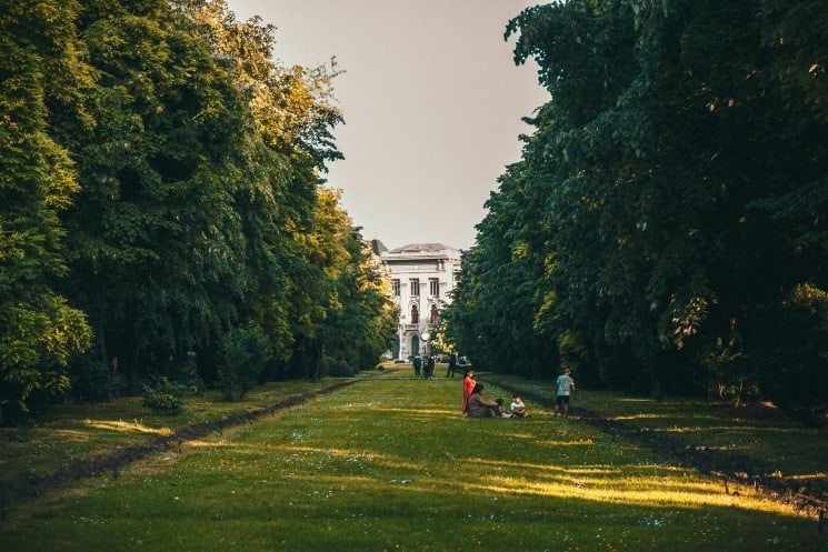 10 Great Things to do in Bucharest, Romania 5