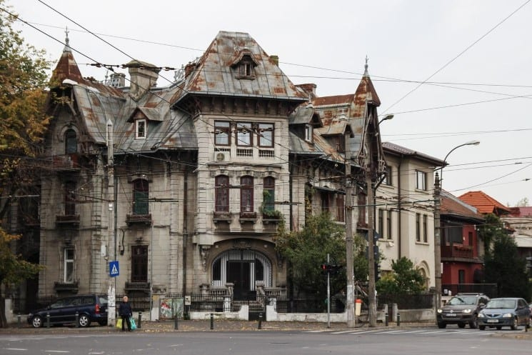 10 Great Things to do in Bucharest, Romania 2