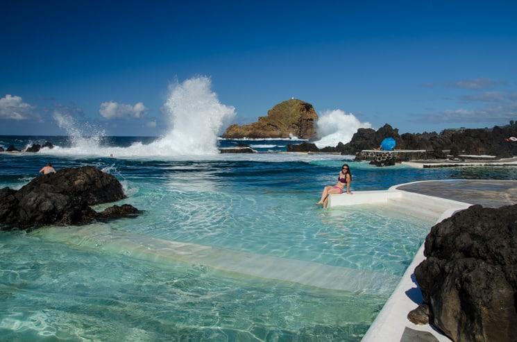 Přechod Madeiry s batohem - Přírodní bazény v Porto Moniz