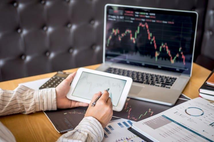 Investování do akcií: Oblíbený způsob, jak vydělávat z pohodlí domova 3